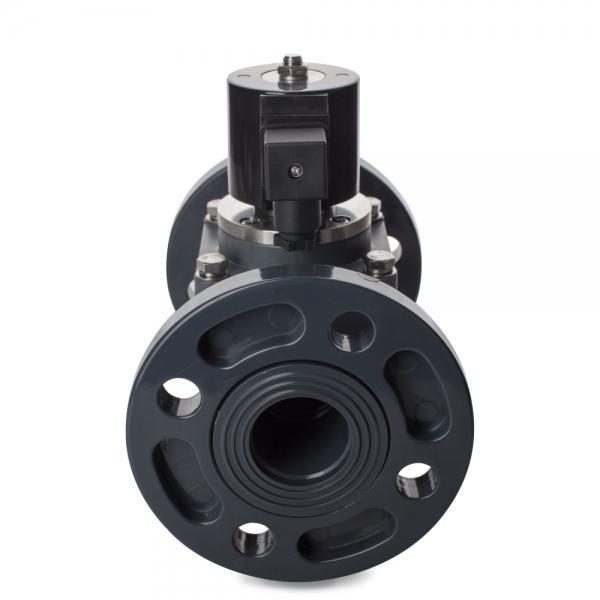 Клапан электромагнитный пластиковый нормально-закрытый из ХПВХ (PVC-U), фланцевый (AC220V, DC24V)